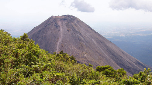 Вулкан Исалько