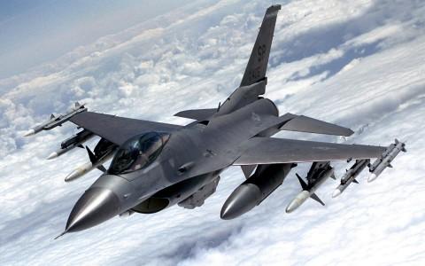 Lockheed Martin F-16 Fighting Falcon (США)