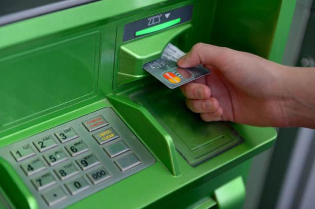 Проблемы с банкоматом. Что делать если банкомат зажевал деньги?