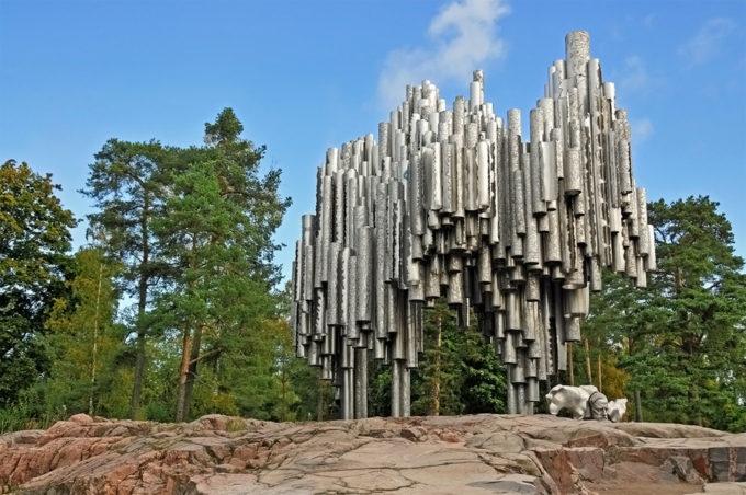 Памятник композитору Яну Сибелиусу