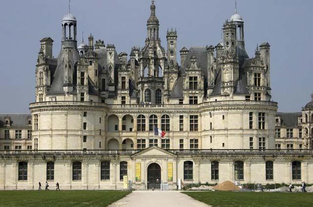 Топ-10 Красивейших средневековых замков Европы
