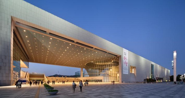 Национальный музей Кореии, самые большие художественные музеи в мире