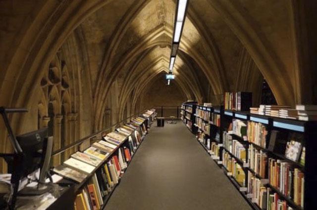 Топ 10 самых больших книжных магазинов