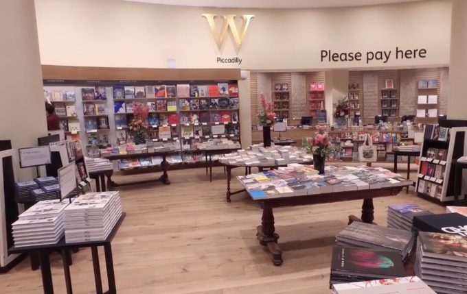 Waterstones Piccadilly foto 2