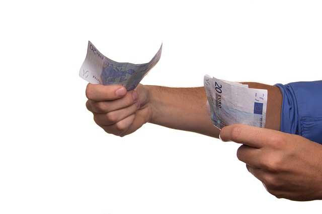 Пролонгация кредитов в условиях рефинансирования